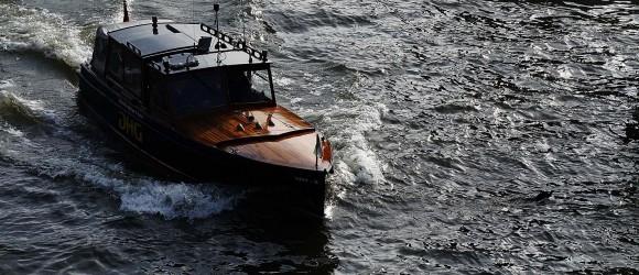 Boat Traffic in Leuvenhaven Rotterdam